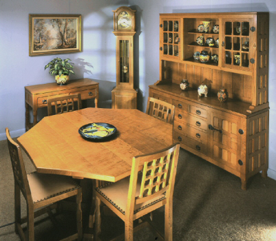 Tradional oak dining room